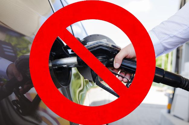 Se prohíbe la apertura de nuevas gasolineras en Barcelona